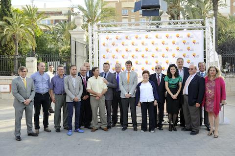 Las autoridades asistentes al evento