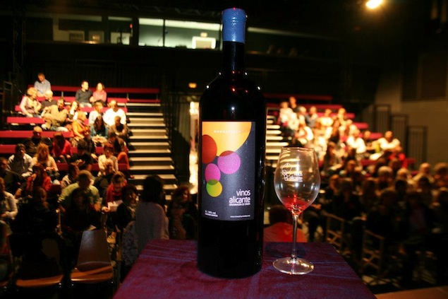 Noche Winecanting con Dayna Kurtz Vinos Alicante DOP